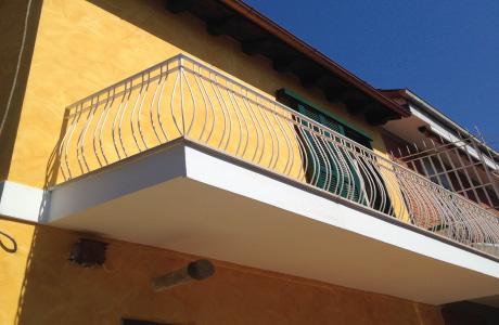 Rifacimento Balconi E Tinteggiatura Esterna Casa Roma